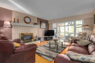 Photo 4: 3341 VIEWMOUNT Drive in Port Moody: Port Moody Centre House for sale : MLS®# R2416193