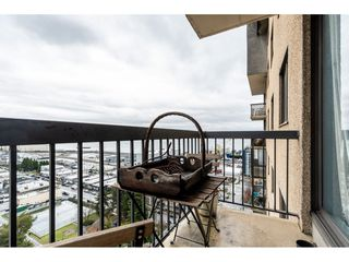 """Photo 14: 1806 145 ST. GEORGES Avenue in North Vancouver: Lower Lonsdale Condo for sale in """"Talisman"""" : MLS®# R2430400"""