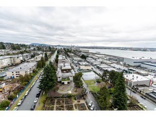 "Photo 18: 1806 145 ST. GEORGES Avenue in North Vancouver: Lower Lonsdale Condo for sale in ""Talisman"" : MLS®# R2430400"