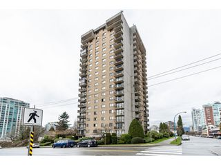 "Photo 1: 1806 145 ST. GEORGES Avenue in North Vancouver: Lower Lonsdale Condo for sale in ""Talisman"" : MLS®# R2430400"