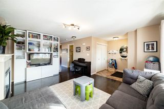 Photo 4: 10335 150 Street in Edmonton: Zone 21 House Half Duplex for sale : MLS®# E4189781