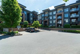"Main Photo: 302 20068 FRASER Highway in Langley: Langley City Condo for sale in ""Varsity"" : MLS®# R2460252"