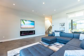 Photo 5: 25588 GODWIN Drive in Maple Ridge: Whonnock House for sale : MLS®# R2462819