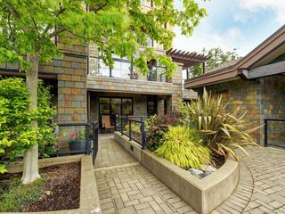 Photo 22: 102 1400 Lynburne Pl in Langford: La Bear Mountain Condo for sale : MLS®# 840131