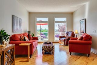 Photo 9: 176 SIERRA MORENA Circle SW in Calgary: Signal Hill Detached for sale : MLS®# A1026305