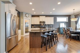 Photo 8: 7627 SCHMID Crescent in Edmonton: Zone 14 House for sale : MLS®# E4221775