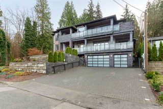 Photo 3: 2333 HENRY Street in Port Moody: Port Moody Centre House for sale : MLS®# R2528132