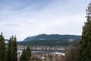 Photo 7: 2333 HENRY Street in Port Moody: Port Moody Centre House for sale : MLS®# R2528132