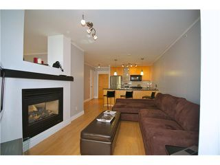 "Photo 4: 605 989 RICHARDS Street in Vancouver: Downtown VW Condo for sale in ""THE MONDRIAN"" (Vancouver West)  : MLS®# V833931"