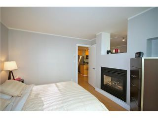 "Photo 7: 605 989 RICHARDS Street in Vancouver: Downtown VW Condo for sale in ""THE MONDRIAN"" (Vancouver West)  : MLS®# V833931"