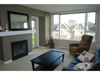"""Photo 6: 313 7089 MONT ROYAL Square in Vancouver: Champlain Heights Condo for sale in """"CHAMPLAIN VILLAGE"""" (Vancouver East)  : MLS®# V838473"""