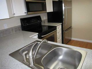 """Photo 3: 1404 121 10TH Street in New Westminster: Uptown NW Condo for sale in """"VISTA ROYALE"""" : MLS®# V842639"""