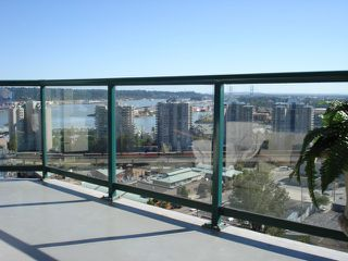 """Photo 9: 1404 121 10TH Street in New Westminster: Uptown NW Condo for sale in """"VISTA ROYALE"""" : MLS®# V842639"""
