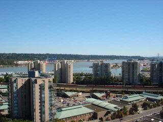 """Photo 10: 1404 121 10TH Street in New Westminster: Uptown NW Condo for sale in """"VISTA ROYALE"""" : MLS®# V842639"""