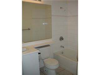 """Photo 5: 301 1177 HORNBY Street in Vancouver: Downtown VW Condo for sale in """"LONDON PLACE"""" (Vancouver West)  : MLS®# V848975"""
