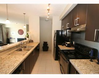 Photo 5: 101 880 CENTRE Avenue NE in CALGARY: Bridgeland Condo for sale (Calgary)  : MLS®# C3342368