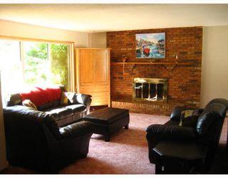 Photo 2: 156 AUGUSTA Drive in WINNIPEG: Fort Garry / Whyte Ridge / St Norbert Residential for sale (South Winnipeg)  : MLS®# 2816520