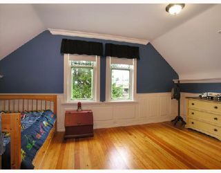 Photo 6: 427 E 10TH Street in North_Vancouver: Central Lonsdale House for sale (North Vancouver)  : MLS®# V730981