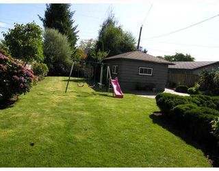 Photo 10: 427 E 10TH Street in North_Vancouver: Central Lonsdale House for sale (North Vancouver)  : MLS®# V730981
