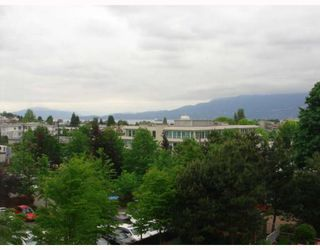 "Photo 1: 515 1707 W 7TH Avenue in Vancouver: Fairview VW Condo for sale in ""SANTA FE"" (Vancouver West)  : MLS®# V751168"
