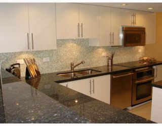 "Photo 5: 515 1707 W 7TH Avenue in Vancouver: Fairview VW Condo for sale in ""SANTA FE"" (Vancouver West)  : MLS®# V751168"