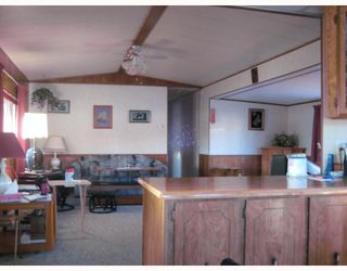 "Photo 3: 82 1000 INVERNESS Drive in Prince_George: Aberdeen Manufactured Home for sale in ""ABERDEEN"" (PG City North (Zone 73))  : MLS®# N191469"