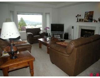 Photo 2: 14078 115A Avenue in Surrey: Bolivar Heights House for sale (North Surrey)  : MLS®# F2911353