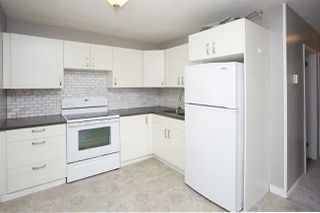 Photo 2: 8 15431 93 Avenue in Edmonton: Zone 22 Condo for sale : MLS®# E4167355