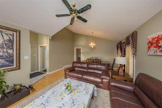 Photo 5: 3204 36 Avenue in Edmonton: Zone 30 House for sale : MLS®# E4169856