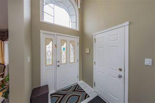 Photo 2: 3204 36 Avenue in Edmonton: Zone 30 House for sale : MLS®# E4169856