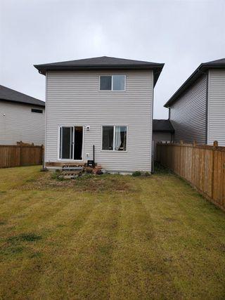 Photo 2: 3606 9 Street in Edmonton: Zone 30 House Half Duplex for sale : MLS®# E4178204