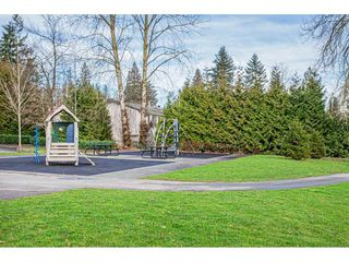 "Photo 16: 108 33850 FERN Street in Abbotsford: Central Abbotsford Condo for sale in ""Fernwood Manor"" : MLS®# R2430522"