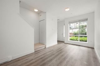 """Photo 6: 69 15775 MOUNTAIN VIEW Drive in Surrey: Grandview Surrey Townhouse for sale in """"ADREA'S GRANDVIEW"""" (South Surrey White Rock)  : MLS®# R2473356"""