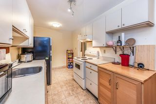 """Photo 8: 226 9101 HORNE Street in Burnaby: Government Road Condo for sale in """"Woodstone Place"""" (Burnaby North)  : MLS®# R2490129"""