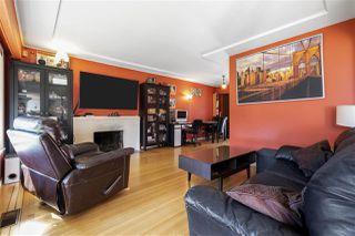 "Photo 4: 4949 FULWELL Street in Burnaby: Greentree Village House for sale in ""Greentree Village"" (Burnaby South)  : MLS®# R2496221"