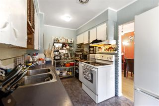 "Photo 7: 4949 FULWELL Street in Burnaby: Greentree Village House for sale in ""Greentree Village"" (Burnaby South)  : MLS®# R2496221"