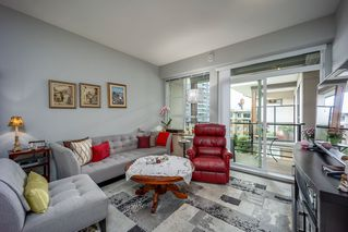 """Photo 10: 512 1152 WINDSOR Mews in Coquitlam: New Horizons Condo for sale in """"PARKER HOUSE"""" : MLS®# R2500221"""