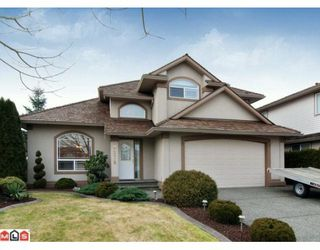 "Photo 1: 9279 207TH Street in Langley: Walnut Grove House for sale in ""GREENWOOD ESTATES"" : MLS®# F1000043"