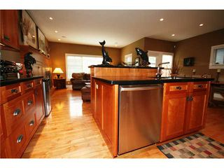 Photo 8: 2603 6 Avenue NW in CALGARY: West Hillhurst Residential Detached Single Family for sale (Calgary)  : MLS®# C3425352