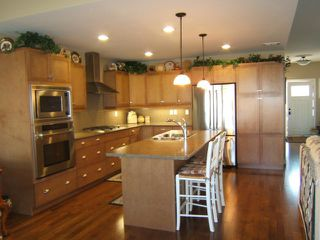 Photo 2: 7 SILVERSIDE Drive in ESTPAUL: Birdshill Area Condominium for sale (North East Winnipeg)  : MLS®# 1019686