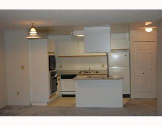 """Photo 2: A202 40100 WILLOW Crescent in Squamish: Garibaldi Estates Condo for sale in """"DIAMOND HEAD PLACE"""" : MLS®# V742225"""
