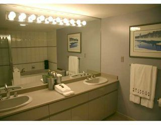 "Photo 9: 1188 QUEBEC Street in Vancouver: Mount Pleasant VE Condo for sale in ""CITY GATE I"" (Vancouver East)  : MLS®# V626551"