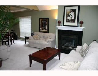 Photo 2: 3264 OSBORNE Street in Port_Coquitlam: Woodland Acres PQ House for sale (Port Coquitlam)  : MLS®# V755896