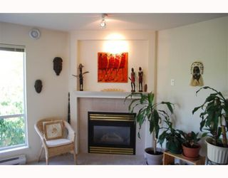 "Photo 9: 202 789 W 16TH Avenue in Vancouver: Fairview VW Condo for sale in ""SIXTEEN WILLOWS"" (Vancouver West)  : MLS®# V774617"