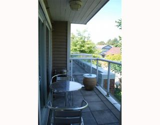 "Photo 5: 202 789 W 16TH Avenue in Vancouver: Fairview VW Condo for sale in ""SIXTEEN WILLOWS"" (Vancouver West)  : MLS®# V774617"