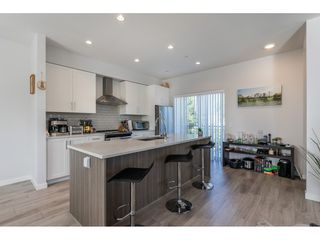 Photo 3: 21 20723 FRASER Highway in Langley: Langley City Townhouse for sale : MLS®# R2398005