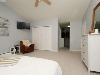 Photo 9: 107 Stoneridge Close in VICTORIA: VR Hospital Single Family Detached for sale (View Royal)  : MLS®# 415726