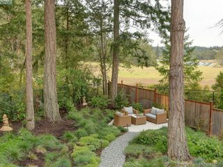 Photo 19: 107 Stoneridge Close in VICTORIA: VR Hospital Single Family Detached for sale (View Royal)  : MLS®# 415726