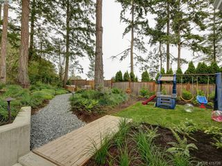 Photo 23: 107 Stoneridge Close in VICTORIA: VR Hospital Single Family Detached for sale (View Royal)  : MLS®# 415726