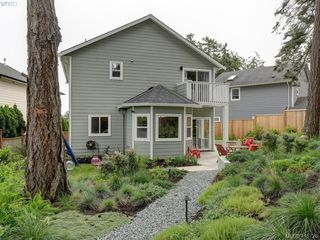 Photo 18: 107 Stoneridge Close in VICTORIA: VR Hospital Single Family Detached for sale (View Royal)  : MLS®# 415726